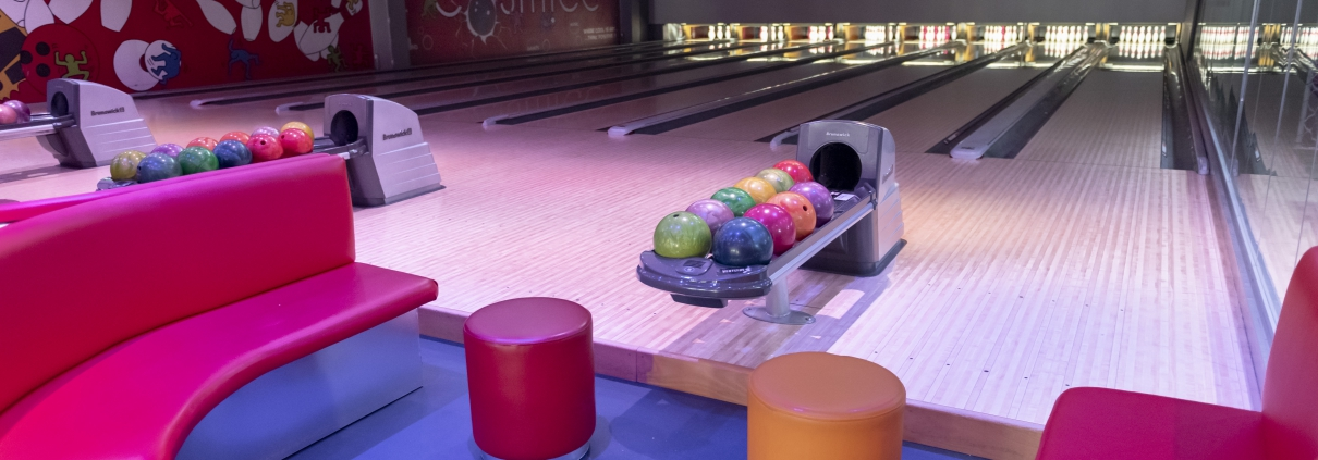 bowling, pop art