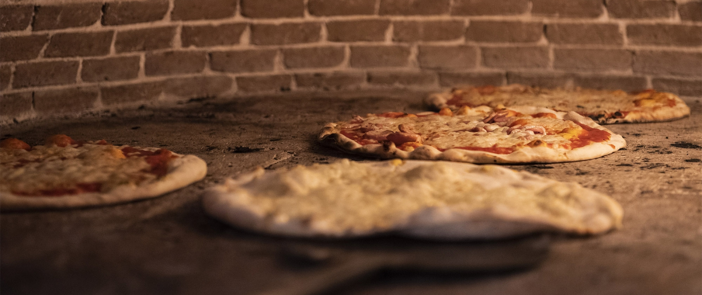Cosmico Bowling, Tivoli, Pizza, Forno a legna